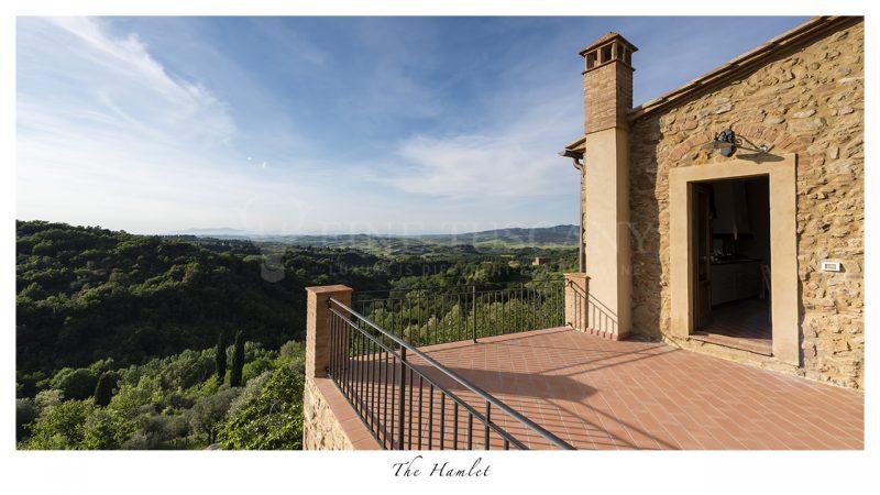 Apartment for sale near Volterra Tuscany Italy