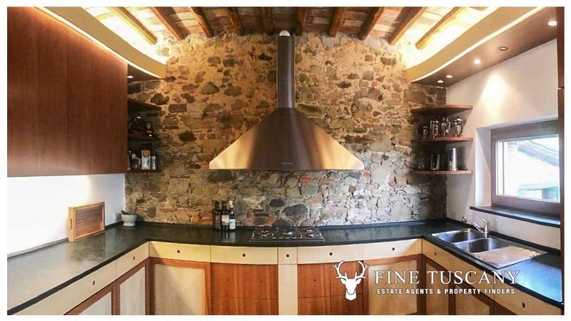 Country House for sale in Lucca Tuscany Italy