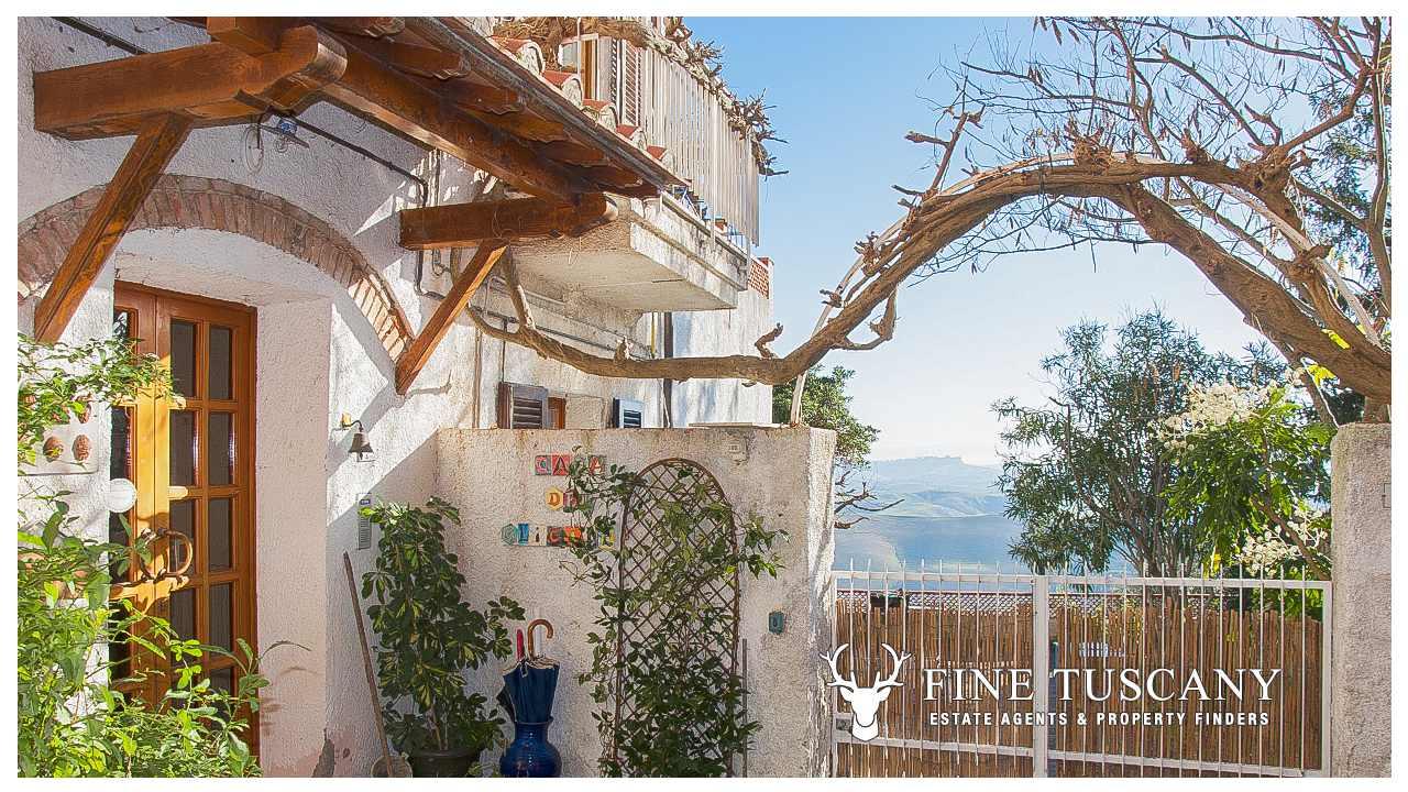 Villa House for sale in Casciana Tuscany Italy 20   FineTuscany.com