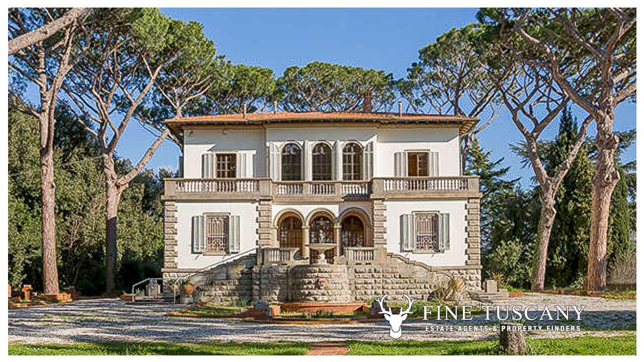 Luxury villa with swimming pool for sale in Tuscany, Italy ...