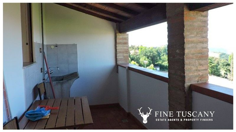 2 bedroom apartment for sale in Pomarance, Tuscany, Italy
