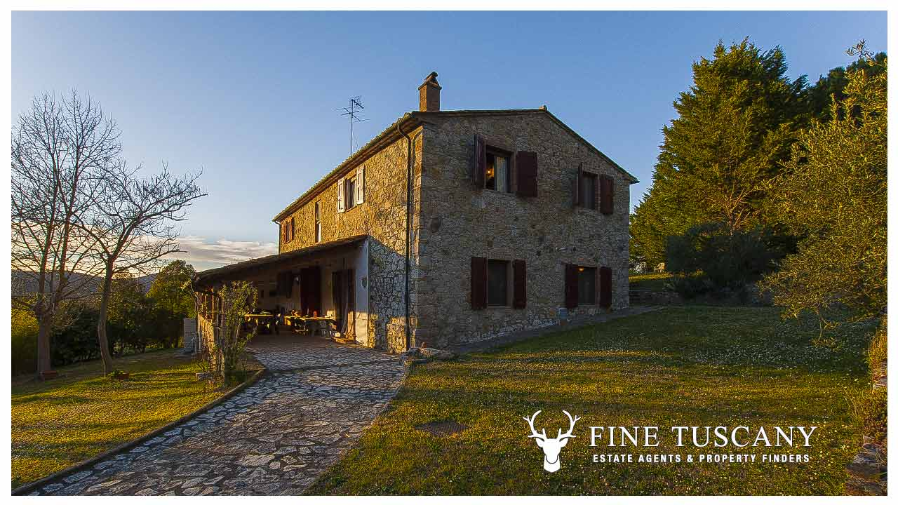 Country house for sale in Canneto, Monteverdi Marittimo ...