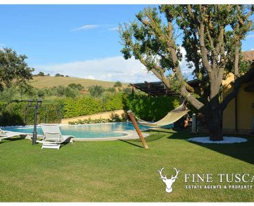 Villa with swimming pool for sale in Grosseto Maremma Tuscany Italy